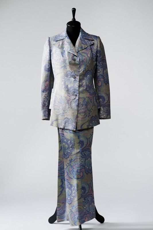 2889  Pantsuit from the 1970s, Russia