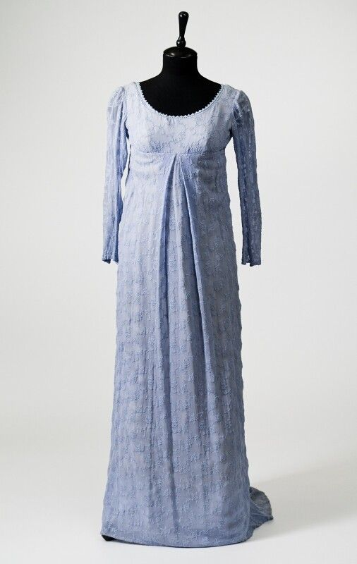 0275 Dress from the  early XIX century