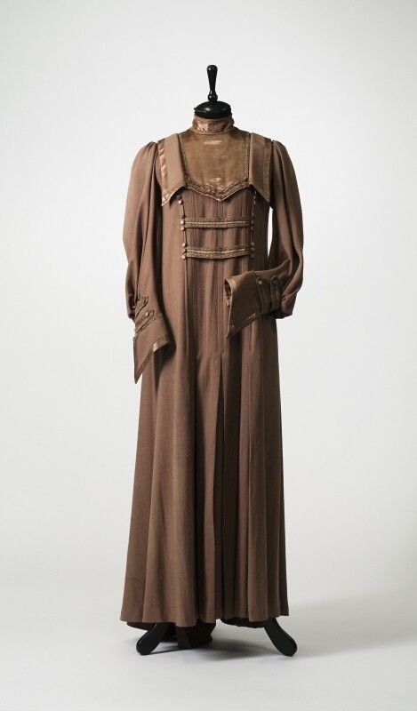 0260 Dress from the early XX century, Russia