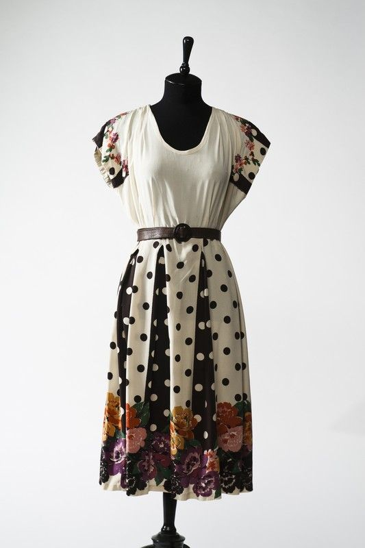 2860 Dress from the 1950s, Russia